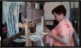 Șezatoarea din Voinești Covasna renaște in jurul unui razboi de țesut