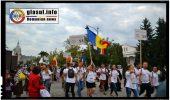 Din sute de trupuri tinere au rasunat la Iași cuvintele Basarabia e România! și Unirea face Puterea!