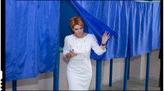 Lia Olguța Vasilescu: O să mănânc pop-corn și o să mă uit cum sunt tăiate pensii și salarii