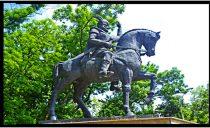 Intenția primarului de la Craiova de a aduce statuia lui Mihai Viteazul de la Oradea în Oltenia e văzută ca fiind o greșeală: