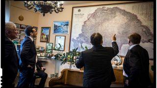 Cine îl impiedică pe președintele României să intervină și în această problemă de politică externă?