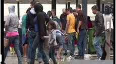 Viata in centrele de refugiati din Romania: politist batut si fetita afgana agresata sexual de catre un imigrant