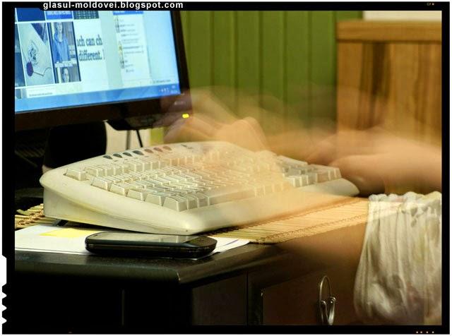 Monitorizarea retelelor de socializare de catre serviciile de informatii
