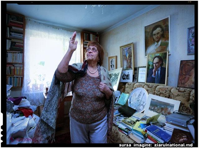 Soția lui Grigore Vieru păstrează INTACT cabinetul poetului și a umplut casa cu PORTRETELE lui, sursa imagine: ziarulnational.md