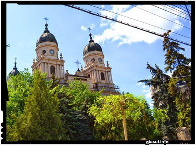 BISERICA ORTODOXĂ ROMÂNĂ SUB ASEDIU, Mitropolia Iasi