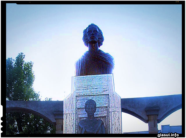 Primarul UDMR din Carei a interzis statuia lui Mihai Eminescu în oraş