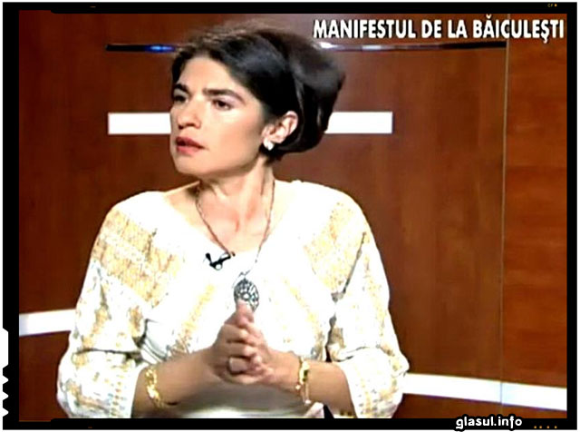 Povestea Simonei Niculescu, femeia care a dat in judecata Primaria ca sa-i asfalteze drumul si a castigat, foto: nasul.tv