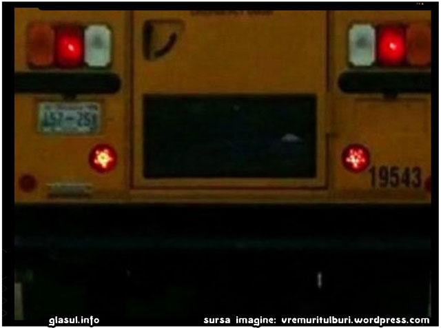 De ce se gasesc in SUA autobuze scolare cu lumini sub forma de PENTAGRAMA?, sursa imagine: vremuritulburi.wordpress.com