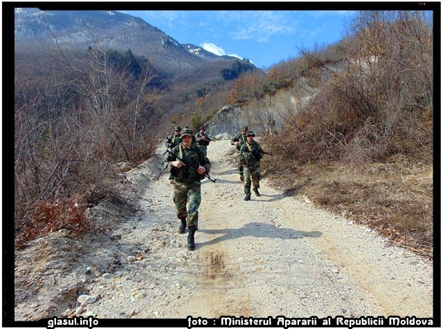Militarii din Republica Moldova la datorie în Kosovo, foto: Ministerul Apărării al Republicii Moldova