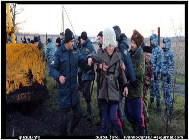In Luhansk, separatistii pro-rusi mor de betie mai ceva ca de gloante, sursa foto: ivannodurak.livejournal.com