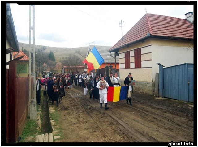 Actiunea Români pentru Români isi continua actiunile de sustinere a comunitatii romanesti din Harghita si Covasna, foto: Mihai Tirnoveanu