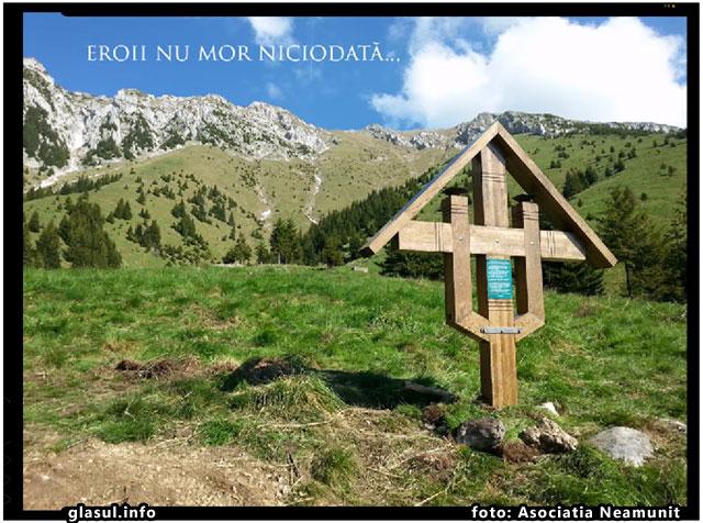 Asociatia Neamunit a ridicat o troita in memoria Luptatorilor de la Piatra Craiului, foto: Asociatia Neamunit