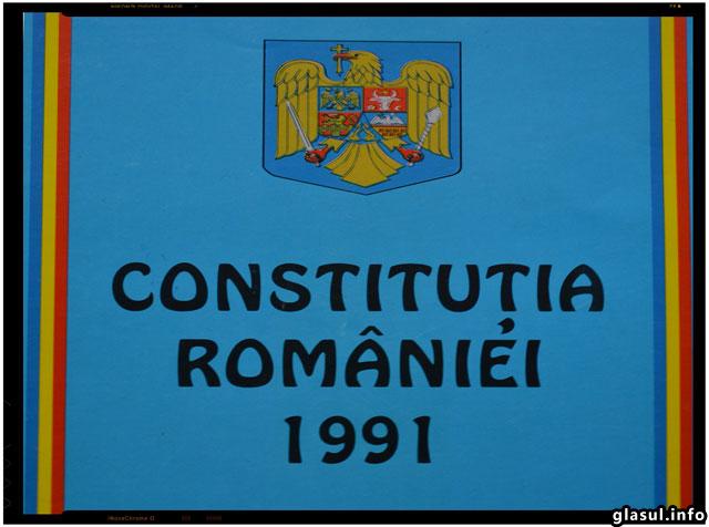 Constituţia României - Constituţia Cetăţenilor - Reîntregirea Patriei