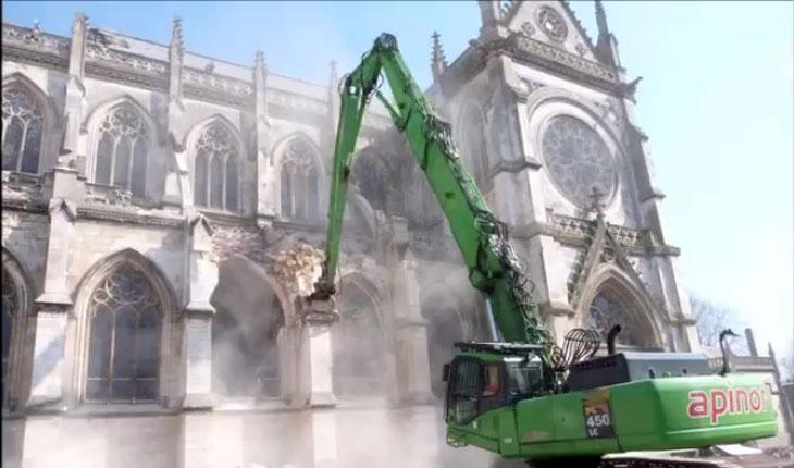 Barbarie! In Franta sunt distruse biserici vechi de sute de ani!, foto: captura youtube