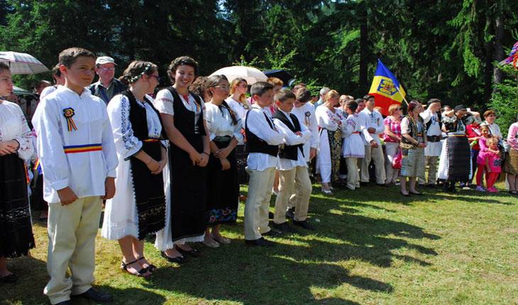 SANTILIA- NEDEIA MOCĂNEASCĂ A VOINEȘTENILOR - Covasna, Valea Zânelor, 18-19 iulie 2015, foto:Florentina Covasna