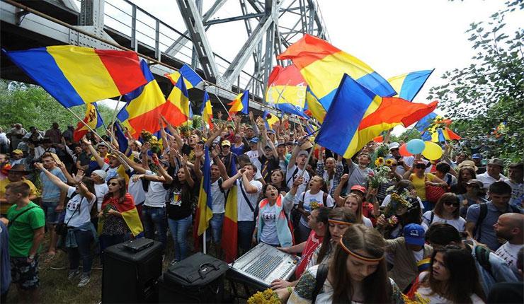 S-a mai făcut un pas, un pas mare spre Unire! Doamne, ajută!, foto: Basarabia E România Iași