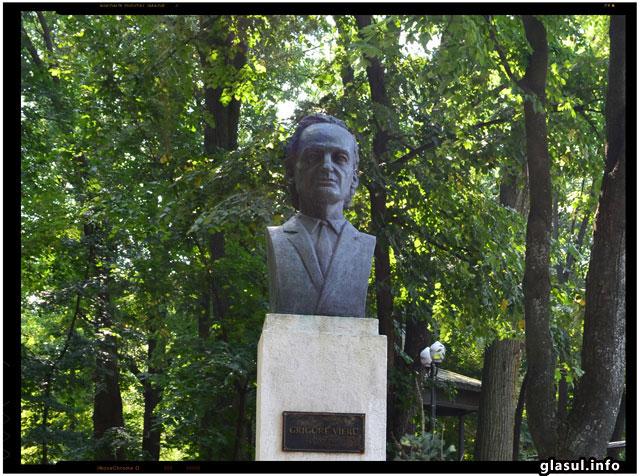 Un frumos omagiu adus lui Grigore Vieru. S-a renovat casa parinteasca a poetului