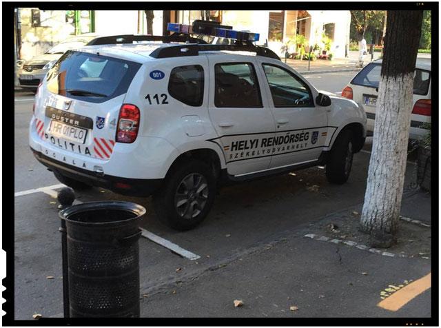 Revoltator! La Odorheiul Secuiesc, masina politiei locale este inscriptionata doar in limba maghiara!