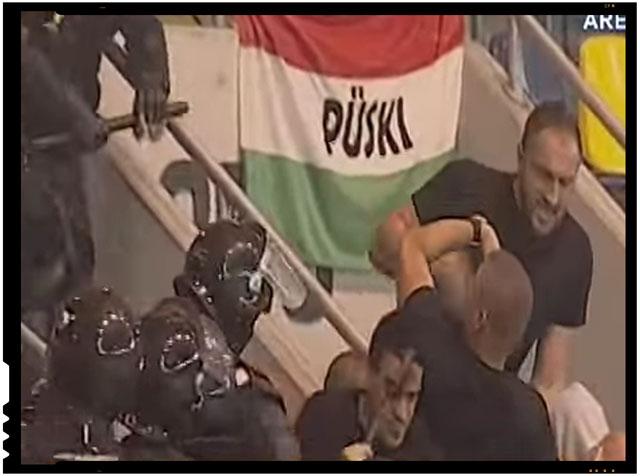Cateva cluburi de fotbal din Ungaria au primit amenzi usturatoare pentru ca fanii acestora au adresat jigniri Romaniei, foto: captura video