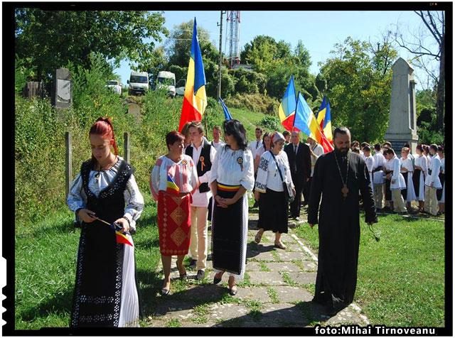 La Monumentul Eroilor Neamului din Odorheiu Secuiesc, foto: Mihai Tirnoveanu