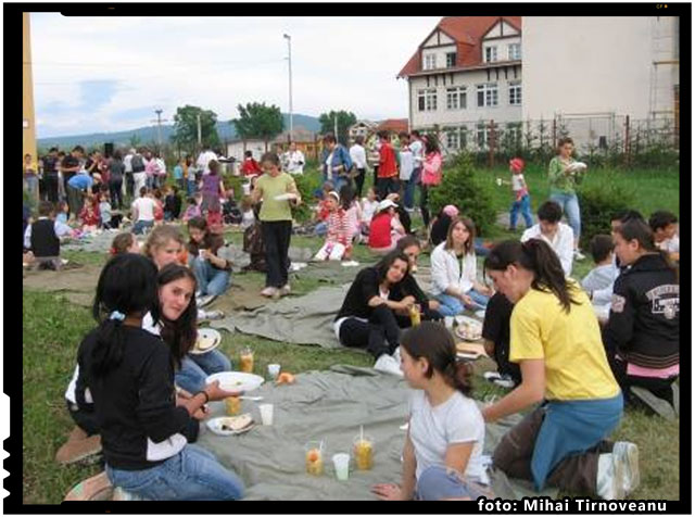 """Acţiunea """"Români pentru Români"""" pe 20 septembrie in Harghita, la Odorheiu Secuiesc, foto: Mihai Tirnoveanu"""