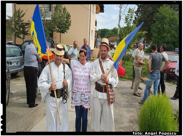 Romani uniti impotriva abuzurilor. La Zadareni domneste nelegiuirea!, foto: Angel Popescu