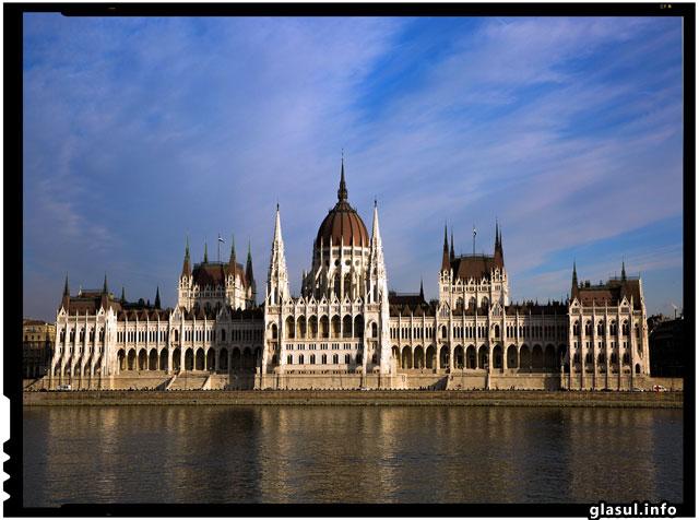 Ungaria pregateste nationalizarea marilor companii de utilitati publice pentru a micsora tarifele pentru proprii cetateni!