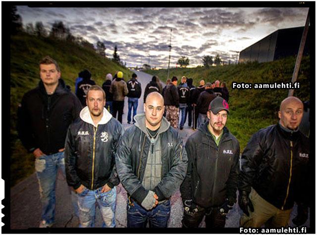 """O grupare numita """"Soldatii lui Odin"""" patruleaza strazile din Finlanda pentru a spori sentimentul de securitate al oamenilor, foto: aamulehti.fi"""