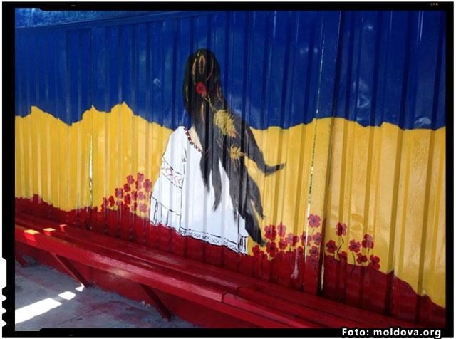 In Republica Moldova, statiile de autobuz au fost transformate in galerii de pictura in aer liber, foto: moldova.org