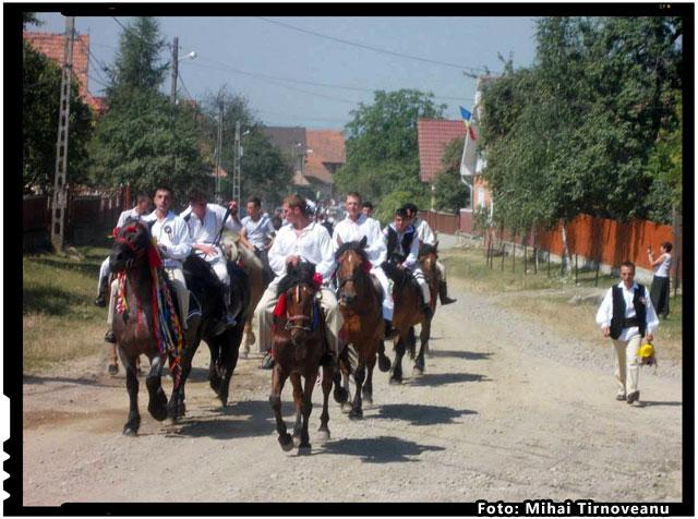 Avem printre noi luptatori pentru Neam, foto: Mihai Tirnoveanu