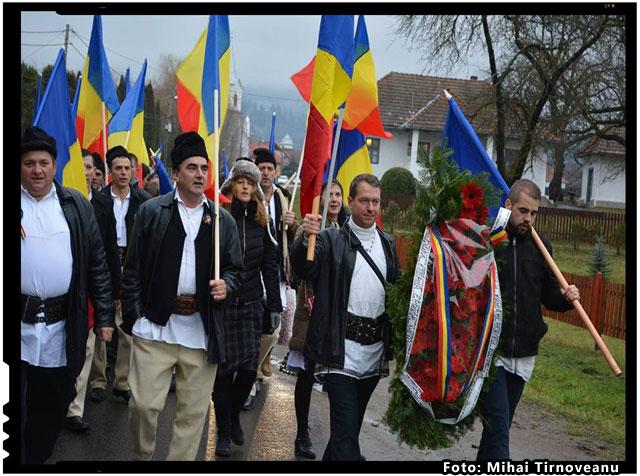 Suntem Romani pentru Romani si nu ne oprim. Cu Dumnezeu inainte!, foto: Mihai Tirnoveanu