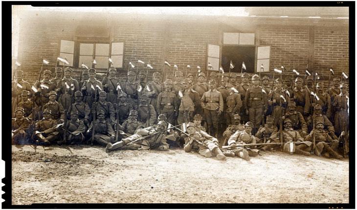 1 fotografie a regimentului 51 al Armatei Austro-Ungare. Eroismul unui caporal al unui regiment din Cluj impotriva rusilor, Foto: europeana1914-1918.eu