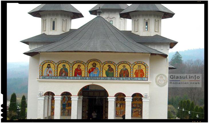 Sărbătoare la Mănăstirea Sihăstria: de ziua sărbătorii Sfintei Teodora de la Sihla, Mănăstirea Sihăstria isi serbeaza hramul
