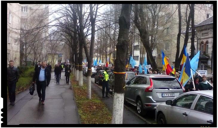 Drumul Unirii la Chisinau: cateva sute de oameni au marsaluit prin capitala Republicii Moldova, Foto: facebook.com/cristi.sava.52