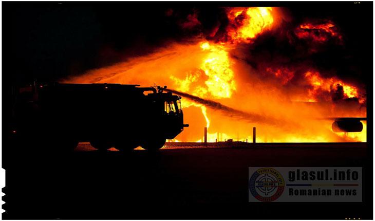 Ucraina: un depozit de armament si munitie mistuit de flacari intr-un incendiu masiv
