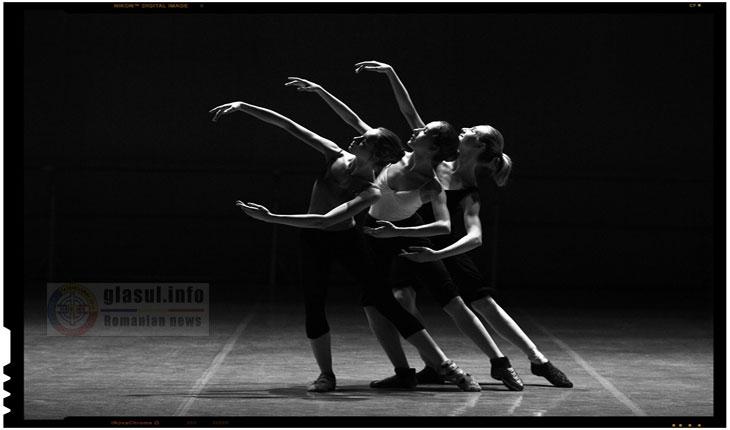 Dansatori români invitați în Ungaria, la Pécs