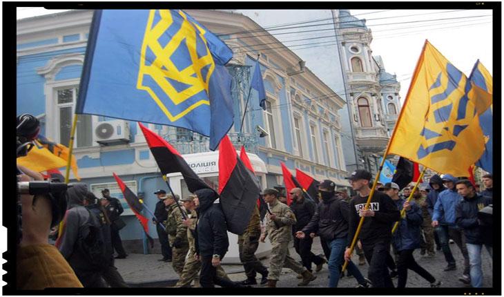 Pentru ce au pichetat naţionaliştii ucraineni Consulatul General al României la Cernăuţi?, Foto: ZorileBucovinei.com