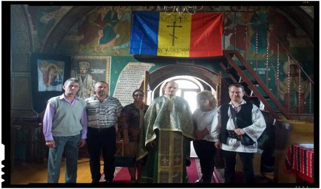 Să purtăm în cinstea acestor înaintasi și ctitori, cu mândrie costumul național românesc, Foto: Mihai Tirnoveanu