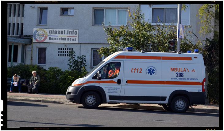 """Serviciul de Ambulanţă Iaşi a devenit bataia de joc a unui betiv!O data la trei zile suna la 112 si: """"Alo, Salvarea?! Sunt Coniac, am băut şi vreau la spital"""", Foto: Fandel Mihai"""
