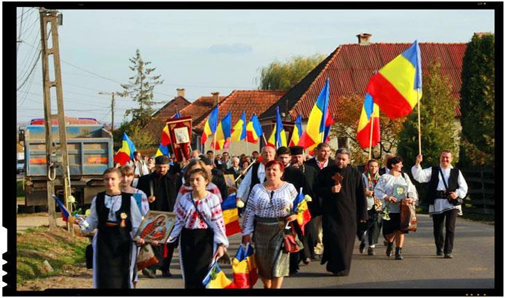 O mie de Steaguri Tricolore pentru Târgu-Secuiesc. De 1 Decembrie, Foto: Mihai Tirnoveanu