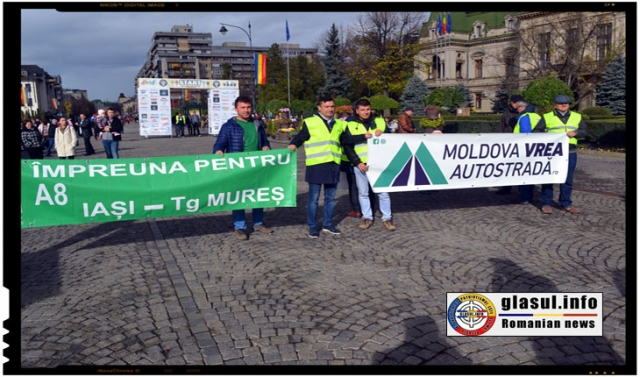 Mihai Chirica, primarul orasului IASI, alaturandu-se celor care cer autostrada A8, autostrada IASI - Tg Mures, Foto: Fandel Mihai