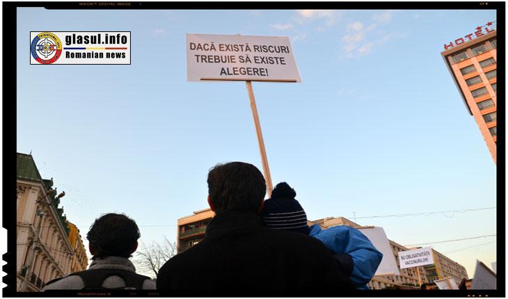 (FOTOREPORTAJ) Medicii s-au alaturat protestatarilor impotriva vaccinarii obligatorii!, Foto: Fandel Mihai