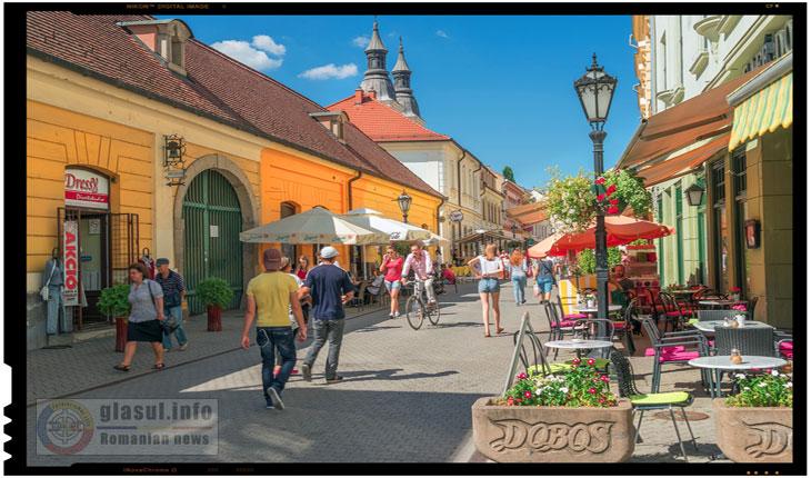 Halucinant! Un oras din Ungaria nu poate fi Capitala Culturala Europeana pentru ca acolo sunt prea multi oameni albi fericiti!?
