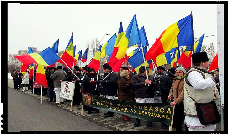 """Protest in fata Ministerului Culturii: """"Cultura românească înseamnă valoare, nu depravare!"""", Foto: facebook"""