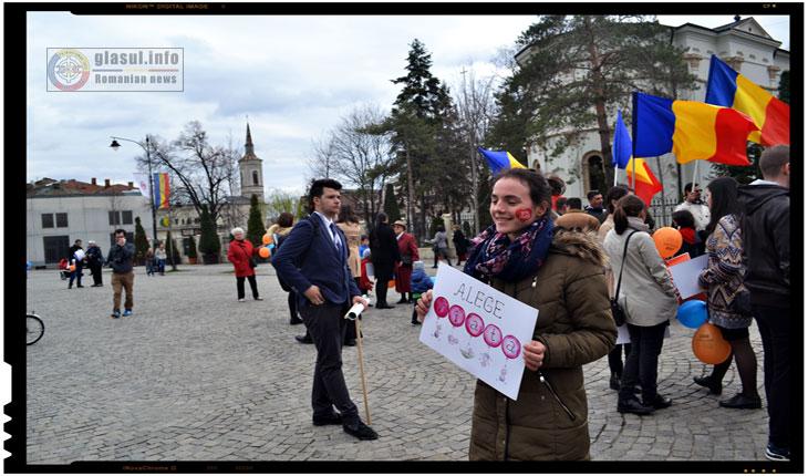 Cu ce mai dezinformeaza Lucian Bâlbuță, trolul lui Soros: acesta spune ca in spatele referendumului pentru Familie ar sta de fapt Rusia