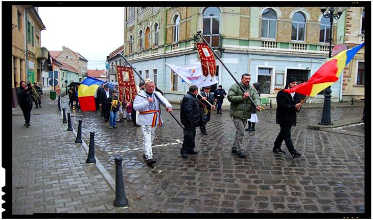 De Florii la Târgu -Secuiesc, prima procesiune religioasă ortodoxă din istoria știută a orașului, Foto: Mihai Tirnoveanu