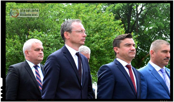 Sorin Iacoban, Gabriel Harabagiu si Mihai Chirica, 25 Mai 2017, Iasi, Cimitirul Eternitatea