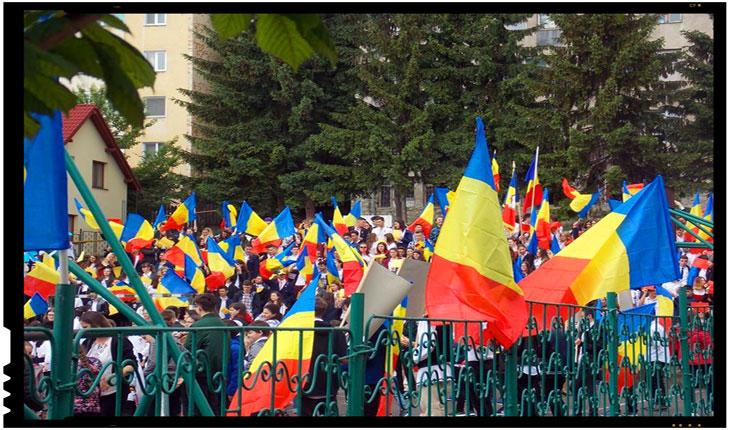 Ziua Independenței României a fost sărbătorită la Sfântu Gheorghe de peste o mie de persoane, Foto: Mihai Tîrnoveanu