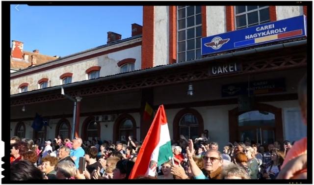 (VIDEO) Ăsta nu este pelerinaj, ci propagandă iredentistă! Priviți ce se întâmplă într-un oraș românesc, în gară la Carei!, Foto: facebook