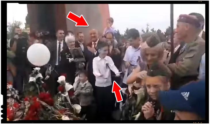 Un porumbel emoționat s-a ... descărcat pe Dodon în timpul manifestărilor de pe 9 mai, Foto: captura video youtube